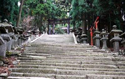 愛宕神社,階段