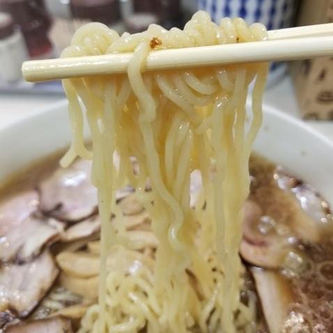 大勝軒,麺リフト